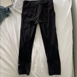 Lululemon capri leggings size 2